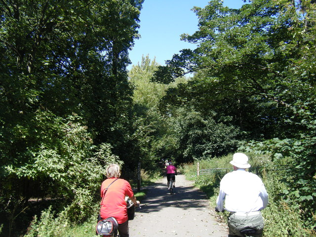 Wirral Way at Ashton Park
