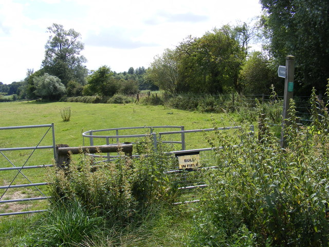 Footpath to Lodge Road & Holly Lane