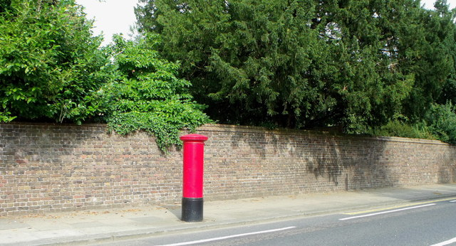 Postbox, Dyke Road Avenue, Brighton