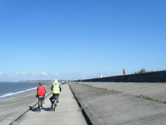 Coastal pathway near Moreton