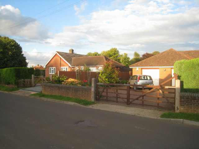 Bungalows - Sainfoin Lane