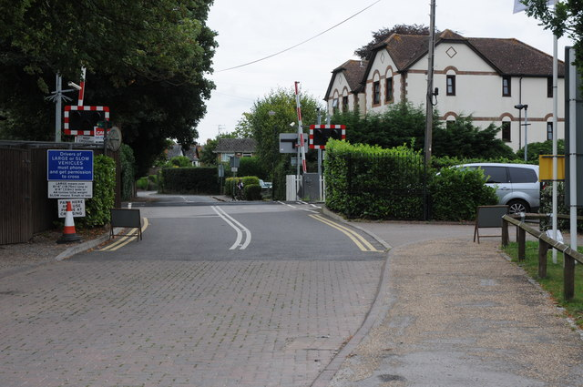 Level crossing in Bourne End