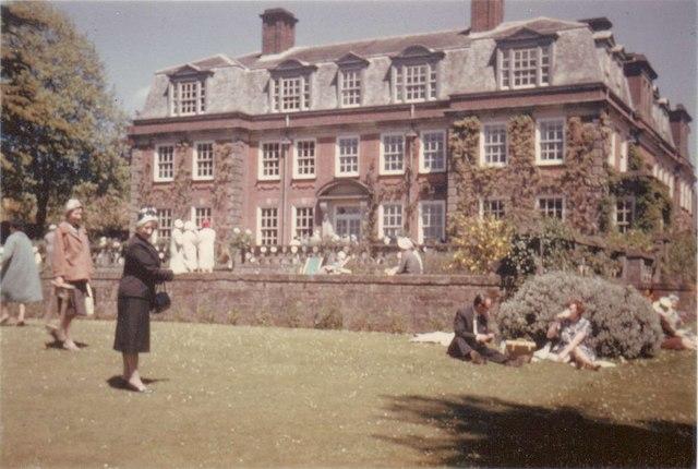 Macmillan's house, Birch Grove House