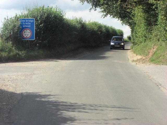 Lane junction south of Bulls Bushes Copse