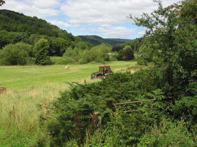 Tractor in field near Brockweir