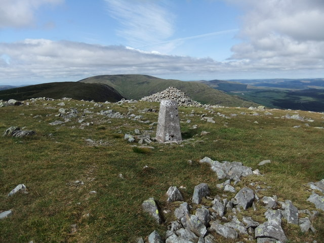 Trig pillar and cairn on Meikle Millyea