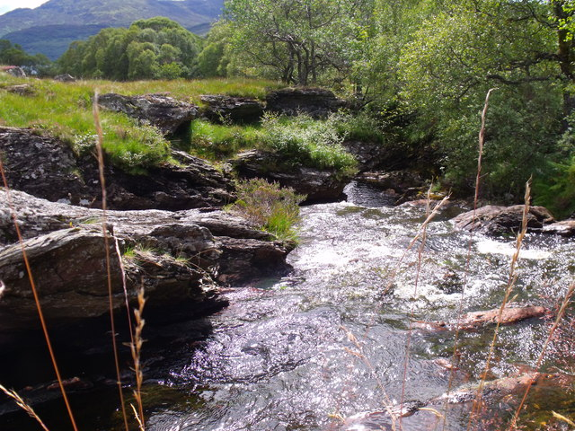 Strone Burn committing its course to a geological fault