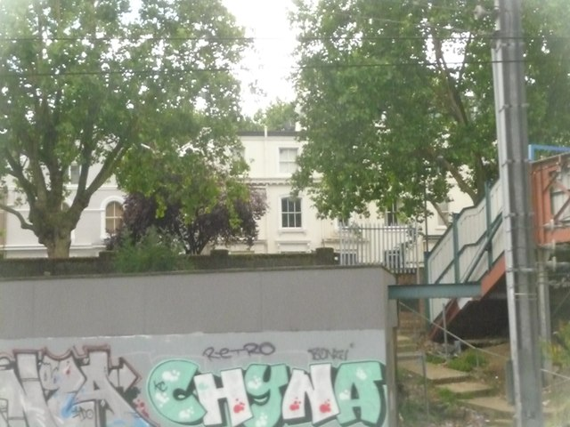 Westminster : Railway Side
