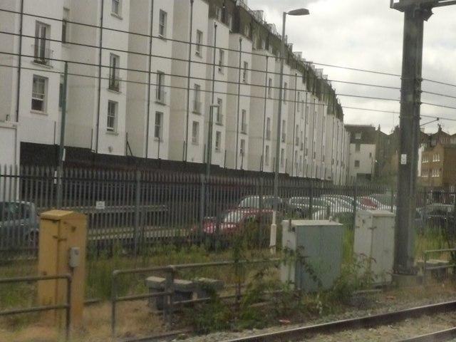 Westminster : Houses & Railway