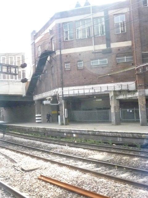 London : Westminster - Railway & Building