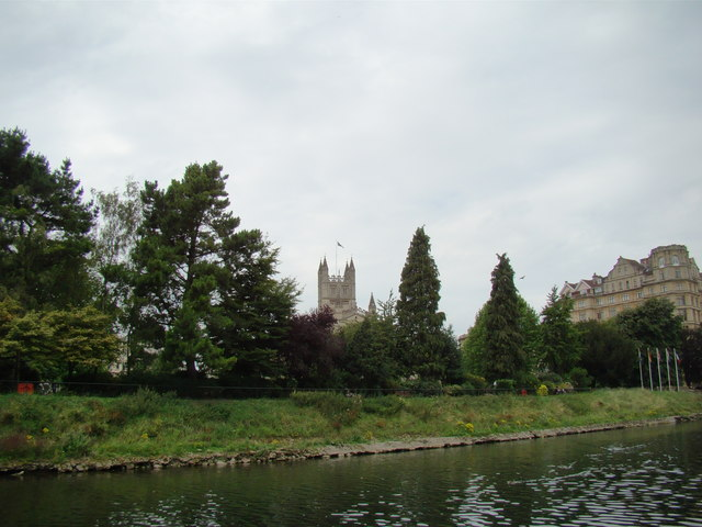 View of Bath Abbey from the riverbank #2