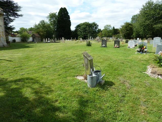St. Mary the Less, Chilbolton: churchyard (VI)