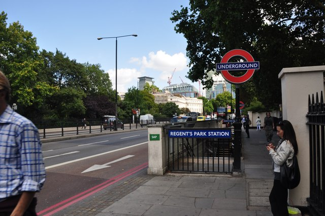 London : Westminster - Regent's Park Station