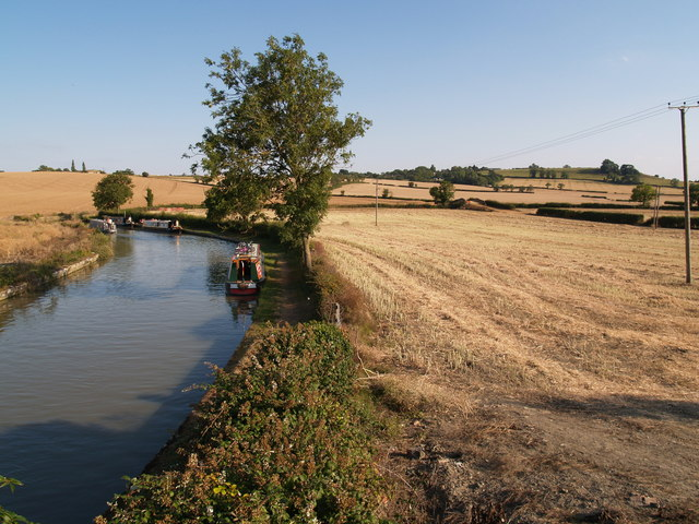 Oxford Canal and adjacent Farmland near Nethercote