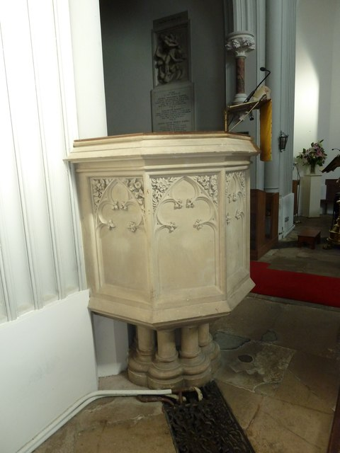 St Mary's, Micheldever: pulpit