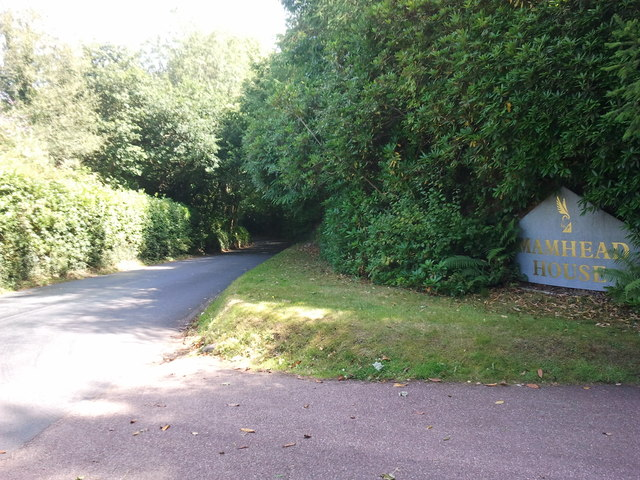 Road to Starcross at the entrance to Mamhead House
