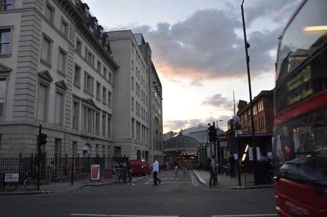 London : Westminster - Paddington Station
