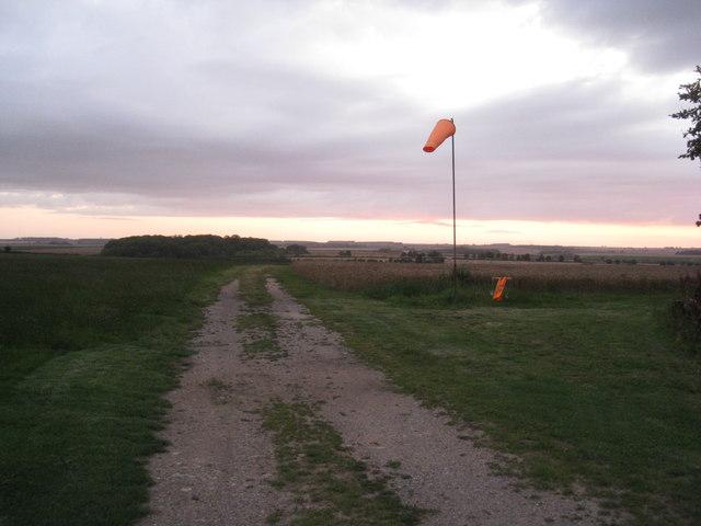 Windsock near Beelsby