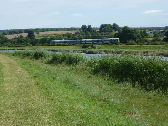 Train by the river out of Arundel