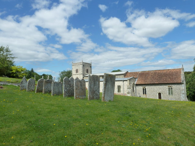 Nether Wallop- St Andrew's: the churchyard in August (5)