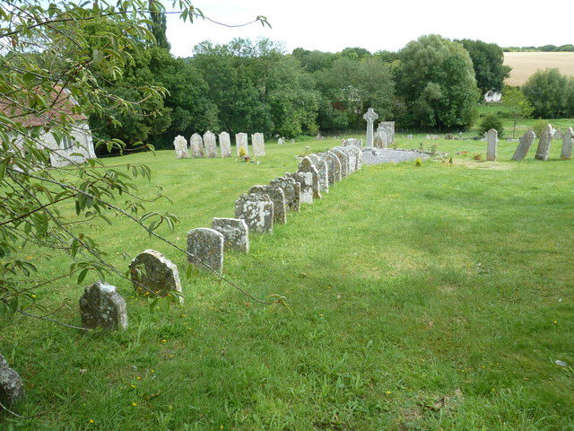 Nether Wallop- St Andrew's: the churchyard in August (8)