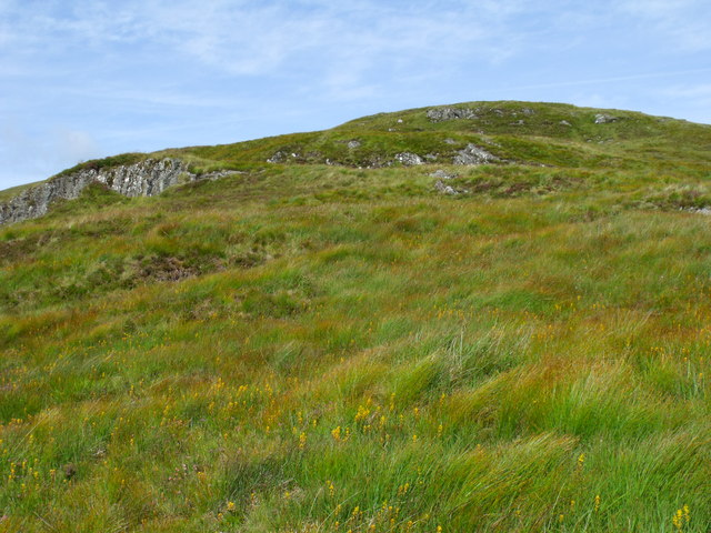 Looking up the south ridge of Beinn Bhreac north of Loch Katrine