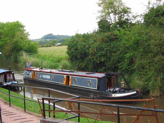 A narrowboat on the Droitwich Junction Canal, Hanbury Wharf