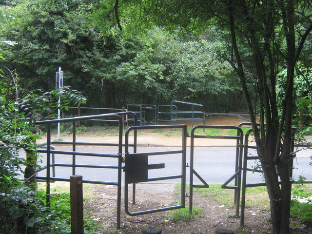 Squeeze gates either side of New Road