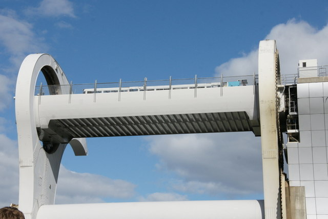 Tour boat in the Falkirk Wheel