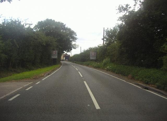 Entering Abridge on Ongar Road
