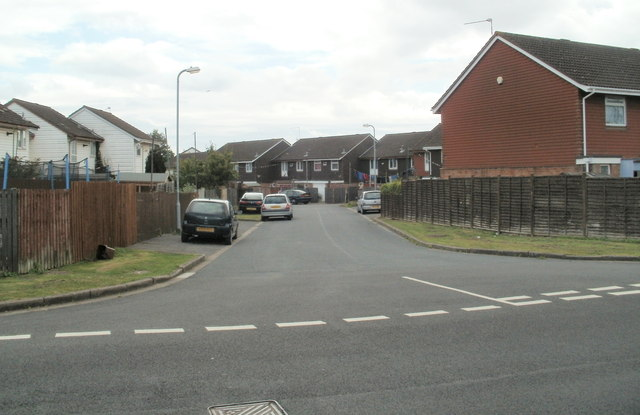 Newport : Moorland Park houses viewed from the railway perimeter fence