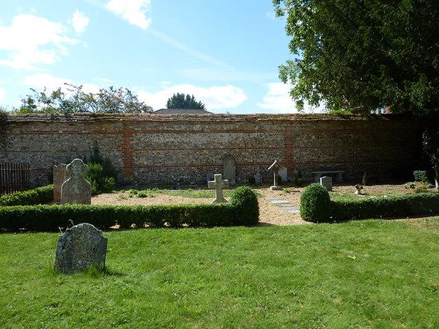 Saint Mary, Amport: churchyard (2)