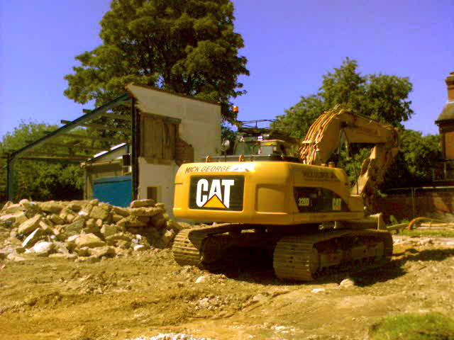 Last parts of demolished tyre centre