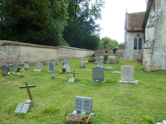 Saint Mary, Amport: churchyard (5)
