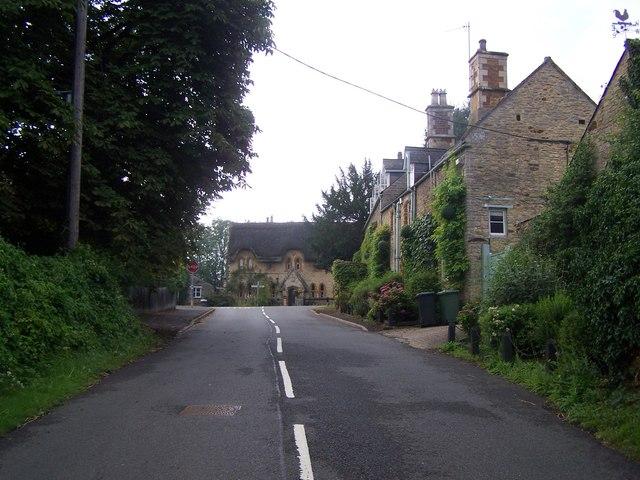 Grafton Road, Cranford St John