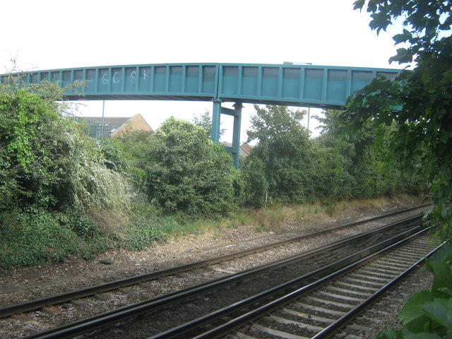 Footbridge over railway and A2016 Bronze Age Way
