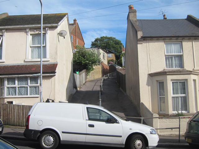 Footpath off St Georges Road