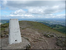 SO2718 : Sugar Loaf summit in August by Jeremy Bolwell