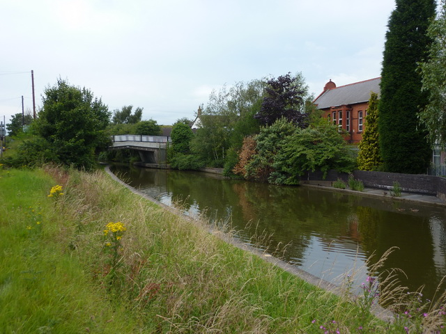Trent & Mersey Canal at Bridge No 166
