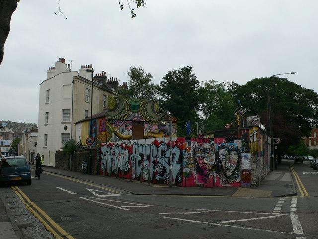 The Magpie Squat, Bristol