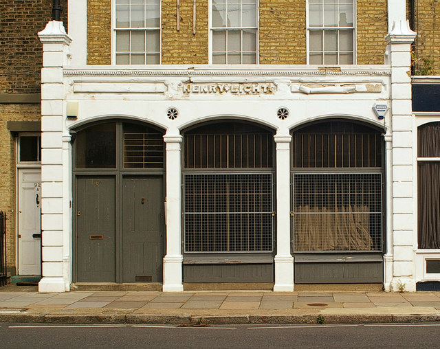 Former shop front, Barnsbury