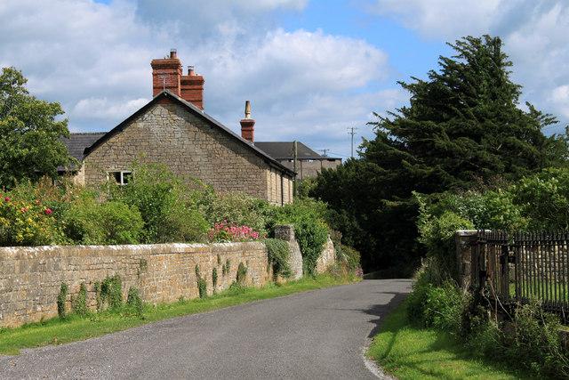 2011 : Winterwell Lane entering Chesterblade
