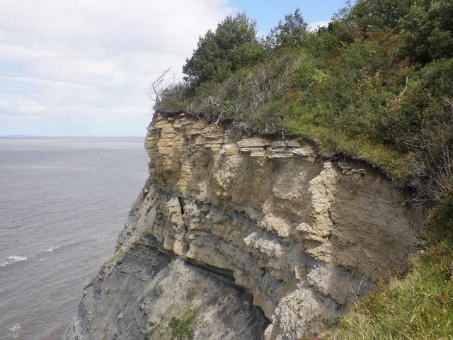 Eroded cliffs, between Blue Anchor and Watchet