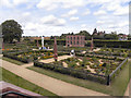 SP2772 : Kenilworth Castle, The Elizabethan Garden by David Dixon