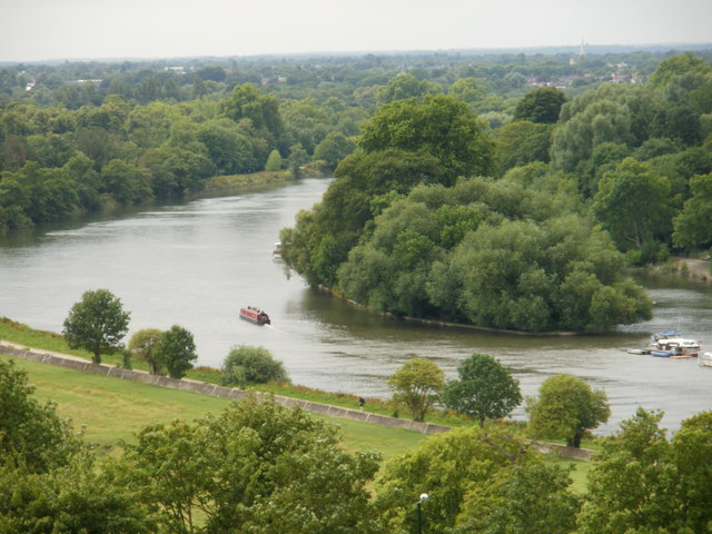 Glover's Island, Richmond Upon Thames
