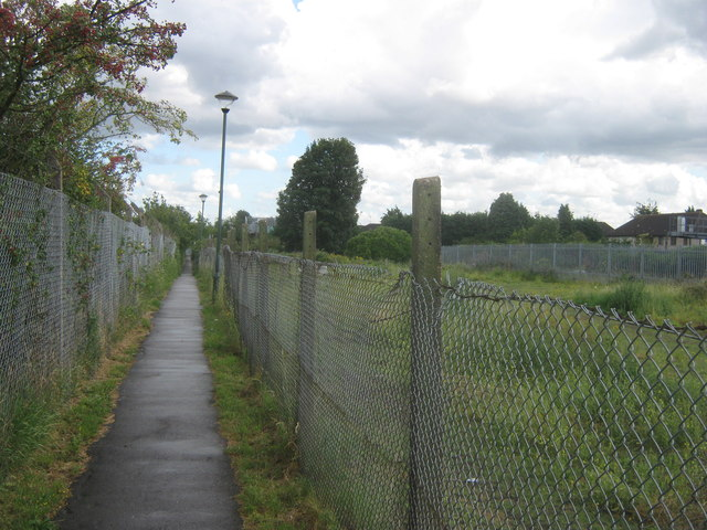 Footpath to North End