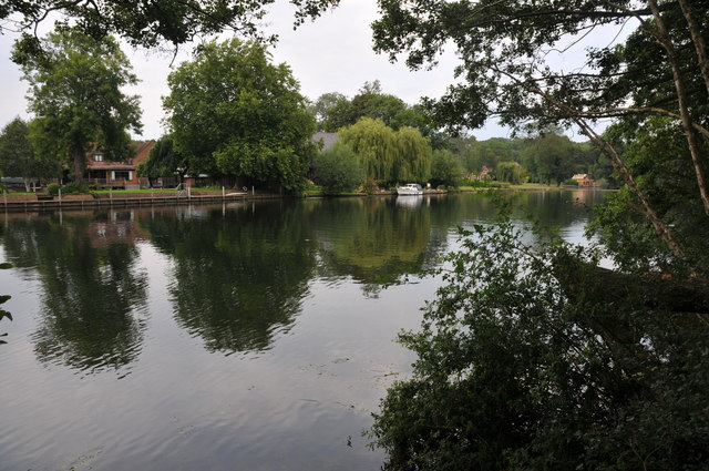 The Thames near St Mary's Island