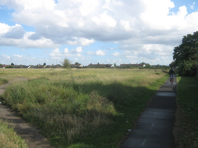 Paths in Slade Green Recreational Ground