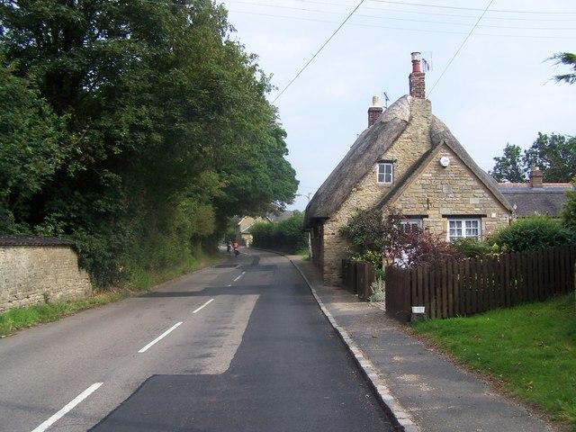 Cottages, Warkton