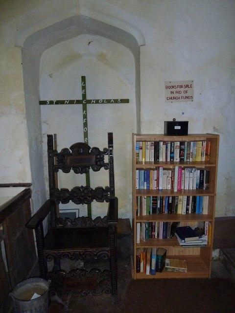 St Nicholas, Leckford: cross